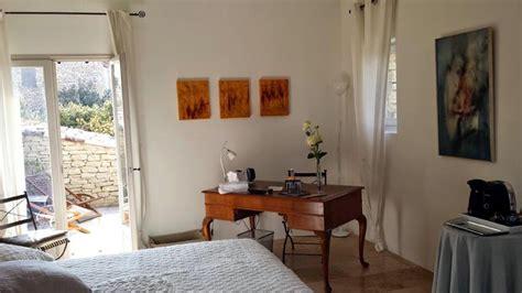 chambre d hote gordes 84 chambres d h 244 tes les terrasses gordes vaucluse 84 provence