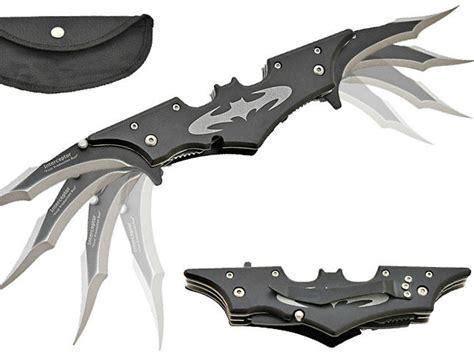 batman blade batarang style pocket knife getdatgadget