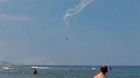 Pesawat Ak dua pesawat akrobatik tabrakan di udara okezone news
