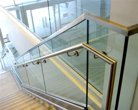 custom glass railing   jersey glass stairs glass
