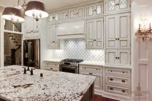Kitchens With Backsplash by Choose The Simple But Elegant Tile For Your Timeless