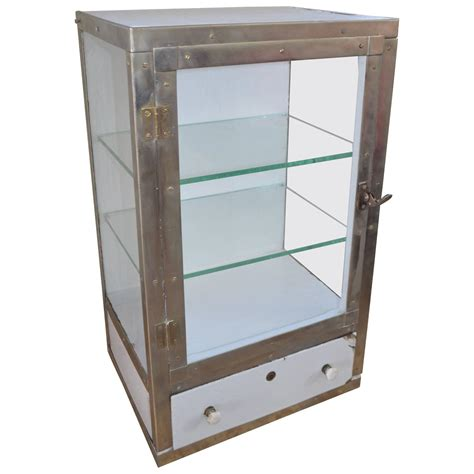 Barber Cabinets by Barber Shop Cabinet With 3 Glass Sides Two Glass Shelves