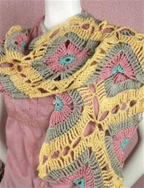 Be With Two Tone Scarf With Autumn Motif interlocking crochet motif patterns crochet