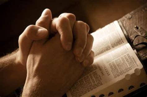 orando la biblia 1433691884 iglesia misi 243 n bautista hispana de westchester mensajes reflexiones