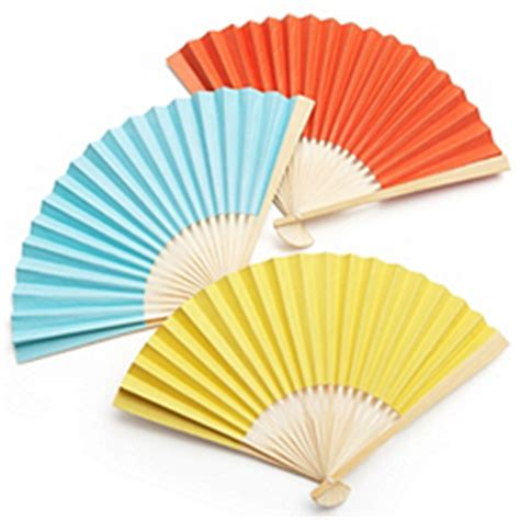 How To Make Paper Fans For Weddings - d i y accordian paper fan the knot shop