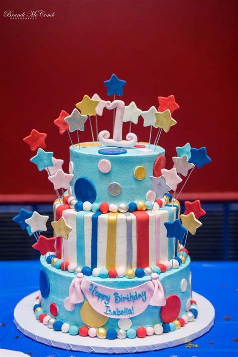 Custom Cake Bakery by Birthday Cakes Caf 233 And Bakery