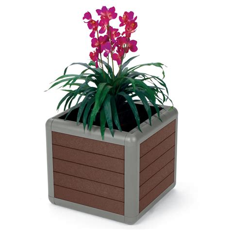 25 Gallon Planter by Beacon Hill 25 Gallon Recycled Plastic Planter Indoff