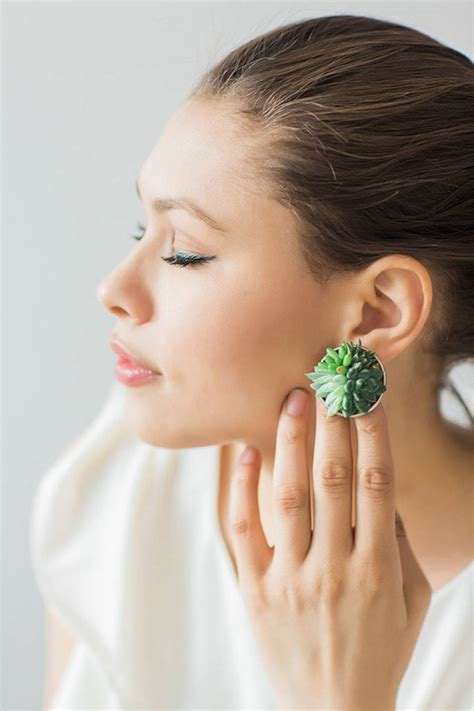 10 Pieces Of That Youll by You Ll These Jewelry Pieces Made With Tiny Plants