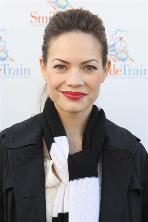 how to style rebecca herbst hair rebecca herbst looks stylebistro