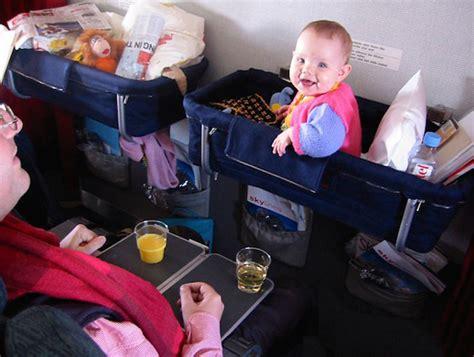 airplane travel gear for babies do jeito que brasileiro gosta de viagens