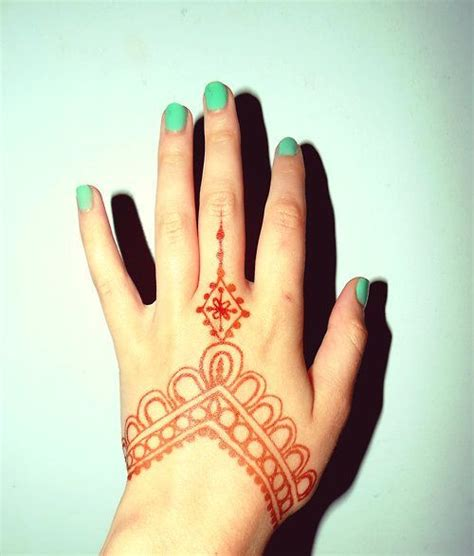 henna tattoo hand klein 25 best ideas about easy henna on henna