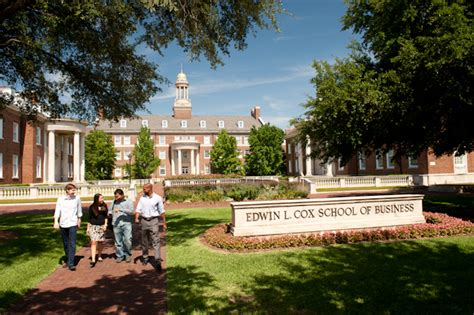 Southern Methodist Mba by Smu Gets Into The One Year Mba