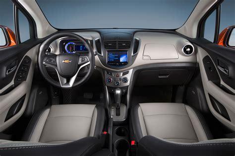 chevrolet trax interior 2015 chevrolet trax interior 320234 photo 1 trucktrend