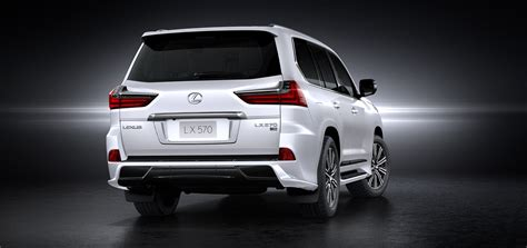 lexus kuwait a signature lexus lx 570 debuts in uae dubai chronicle