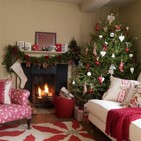 christmas decorating ideas for small apartment 55 christmas living room decorating ideas