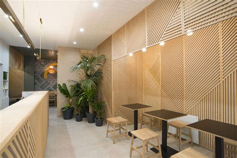 walls how to apply restaurant wall design for home wall decor idea this restaurant covered its walls with