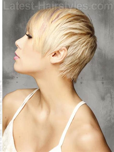 pixie cut with long wispy back and sides 20 oval faces hairstyles flattering oval face hairstyles