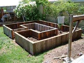 Garden Beds Diy Easy Access Raised Garden Bed