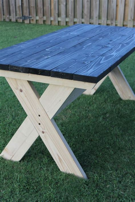 Build Your Own Picnic Table by 25 Best Ideas About Picnic Table Paint On