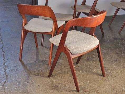 Scandinavian Teak Dining Chairs At 1stdibs Scandinavian Teak Dining Room Furniture