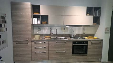 cucina lineare cucina lineare maniglie acciaio lucido