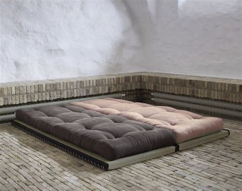 Futon For Sleeping by 25 Best Ideas About Tatami Futon On Futon