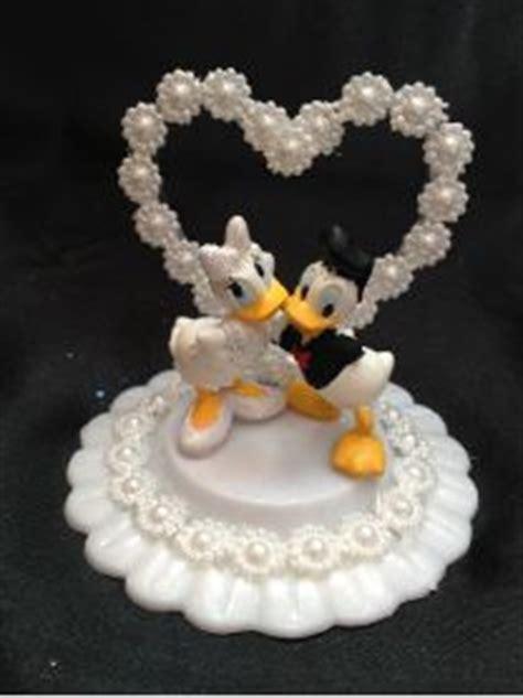donald duck wedding cake topper disney donald and duck wedding cake topper