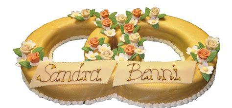 Hochzeitstorte Ringe by Ring Torten Ringf 246 Rmige Torte Mit Marzipan