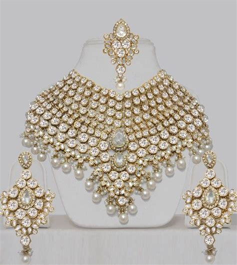 wedding jewellery online shopping india best 25 indian gold jewellery ideas on pinterest indian