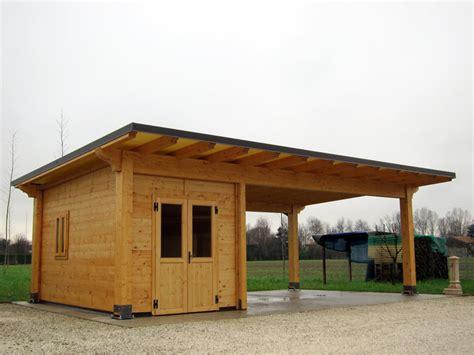 tettoie per auto in legno prezzi carport di legno con box modelo classic cb02310