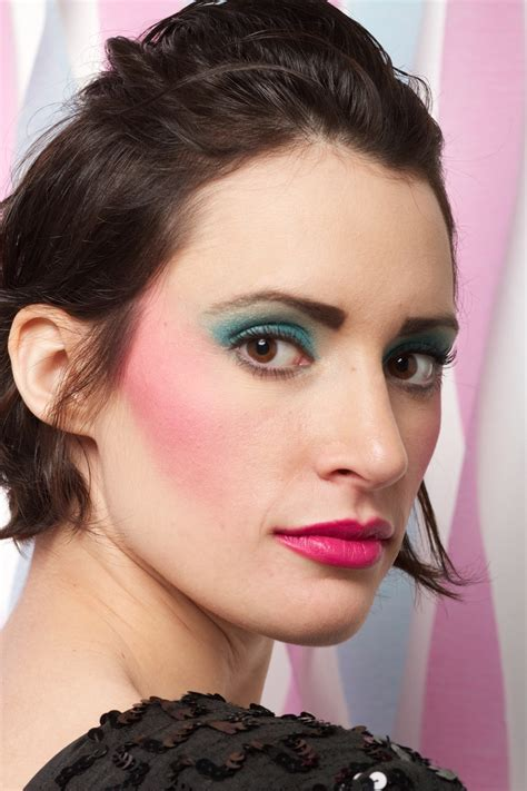 5 Tips To Mastering The 80s Make Up Revival by 17 Best Images About 80s Makeup On Shoulder