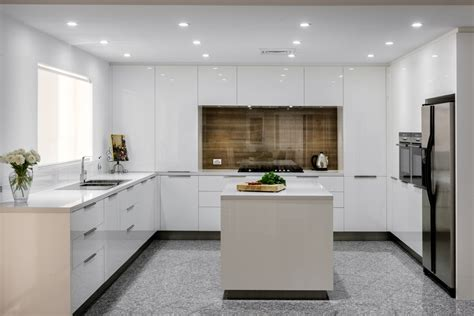 Small Kitchen Layouts With Island Seamless Modern Kitchen Style Completehome