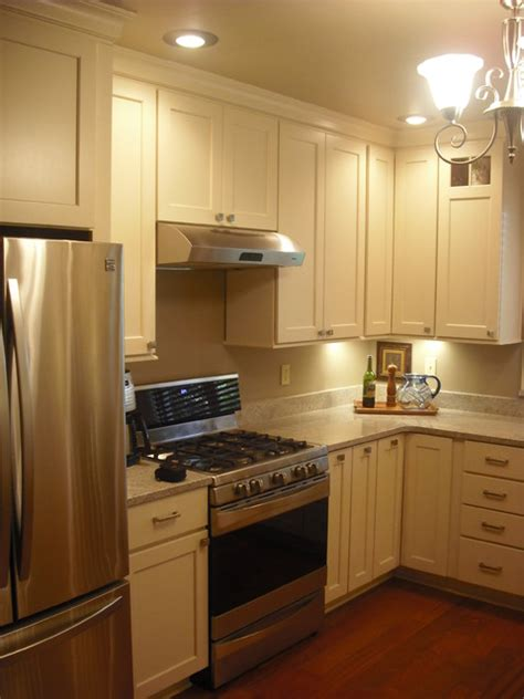 schuler kitchen cabinets schuler cabinets maple boardwalk