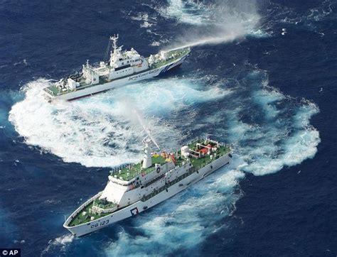 sea tow vs boat us senkaku islands japan and taiwan boats attack each other