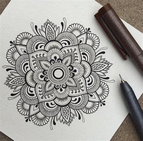 tattoo mandala zeichnen pin von kelly ralston auf art pinterest zeichnen