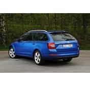 Car Picker  Blue Skoda Octavia