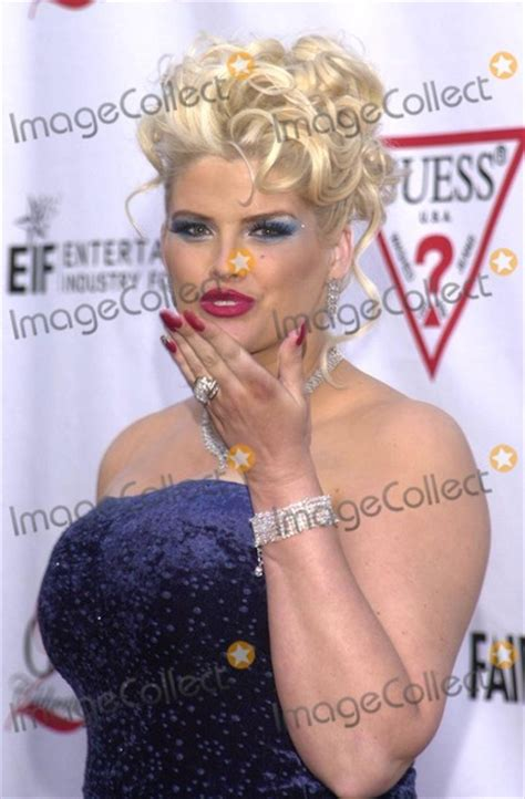 anna nicole smith party photos and pictures anna nicole smith at the vanity fair