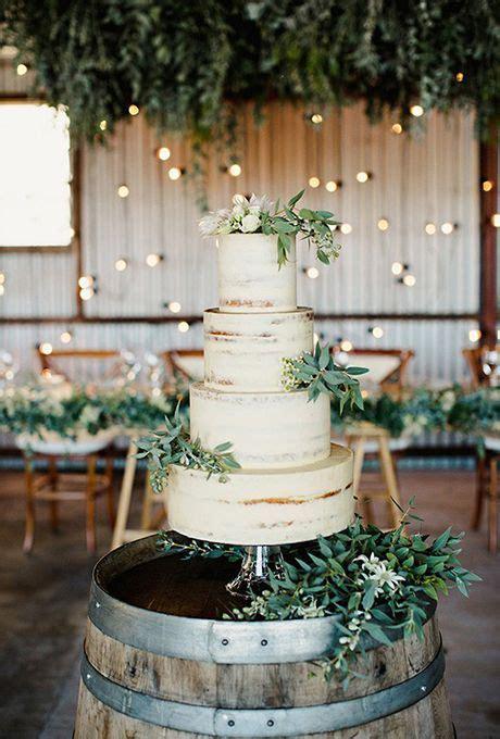 3 Tips And 25 Ways To Display Your Wedding Cake   crazyforus