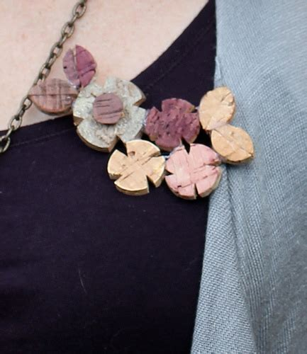 cork crafts projects wine cork crafts and wine cork projects 30 ways to reuse