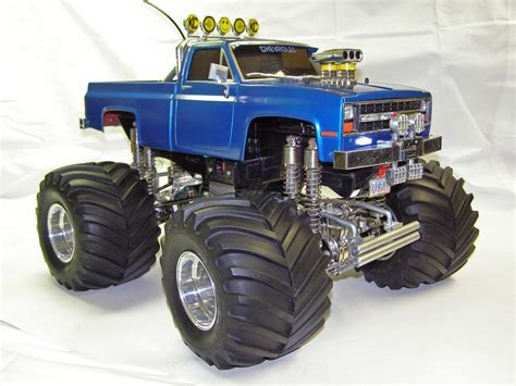 Underplate Chasis Vs tamiya clodbuster custom robobugs r c