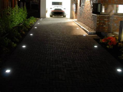 beleuchtung einfahrt garageneinfahrt beleuchtung loopele