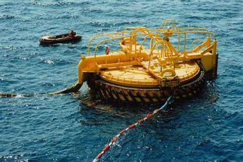 qatar tugboat jobs tugboat explosion kills 7 off qatar gcaptain