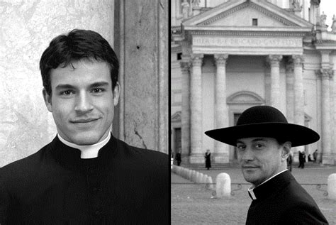 Calendario Romano 2015 Handsome Priests Featured On Calendar 2014 Italy