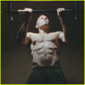 Ben Affleck Is Just Not That In To You by Ben Affleck Shirtless And Ripped Like Rambo Ben