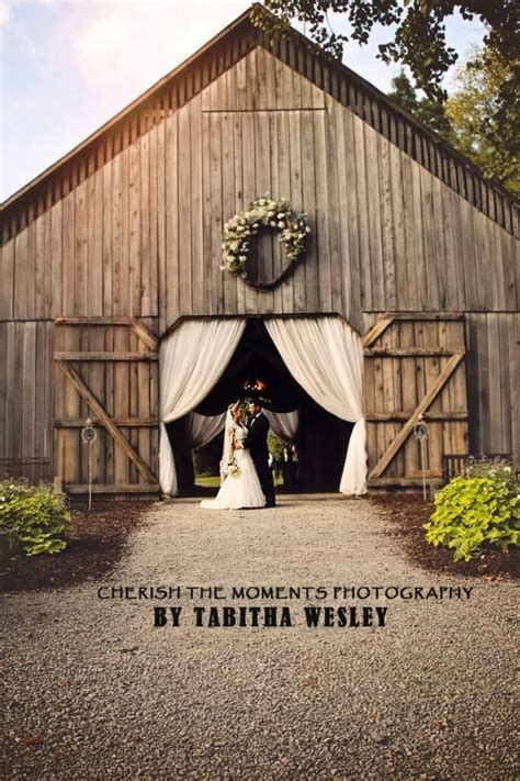 kentucky barn wedding venues 1000 images about kentucky wedding venues and