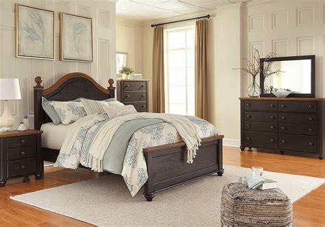 black queen bedroom set maxington reddish black queen panel bedroom set