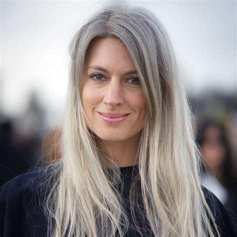 best hairstyle for hiding gray hair graue haare zeigen bekennen sie endlich farbe madame de