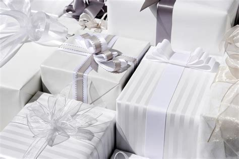 Giving Wedding Gift by Wedding Presents The Ultimate Wedding Gift Giving Guide
