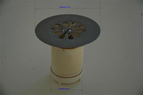 remplacement d un siphon de bonde de bac 224