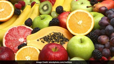eating fruit before bed eating fruits before bed safe or not ndtv food